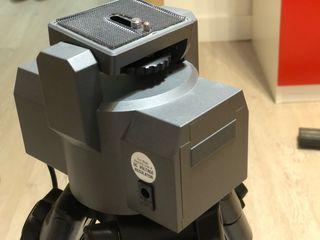 Cabeza motorizada para cámara de vídeo