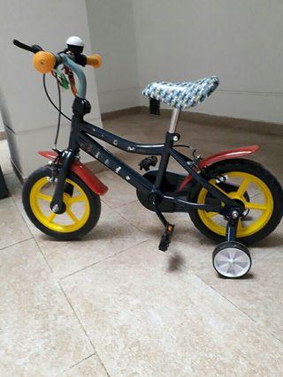 Bicicleta infantil para niños de hasta 4 años