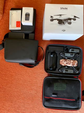 Dron DJI Spark - Fly More Combo