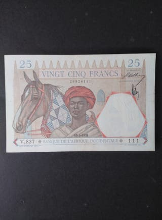 África Occidental Francésa.EBC