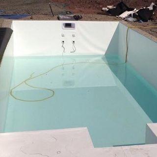 Mono bloque piscinas interna instalaciones