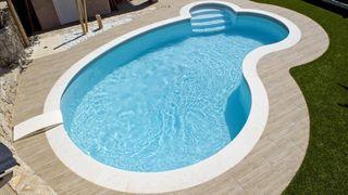 Mono bloque piscina paneles montador