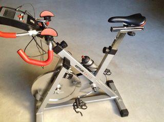 Bicicleta estática Kettler Racing