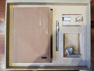 Pierre Cardin caja regalo