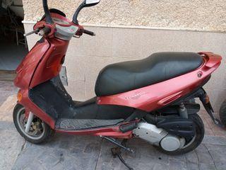 moto Aprilia Leonardo 125
