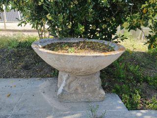 Jardinera piedra