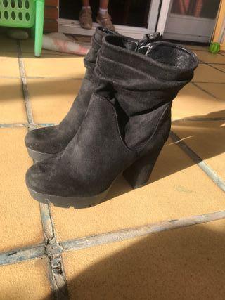 Botas Negras de terciopelo
