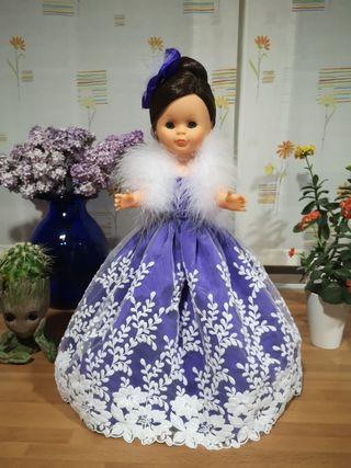 Precioso vestido de Princesa para Nancy