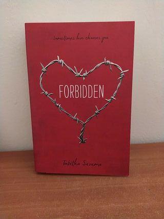Libro Forbidden de Tabitha Suzuma en inglés