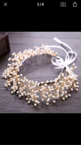 Tiara perlas novia