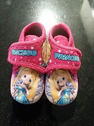 Zapatillas niña t.22