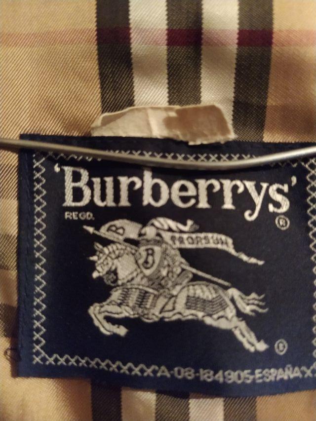gabardina Antigua burberry