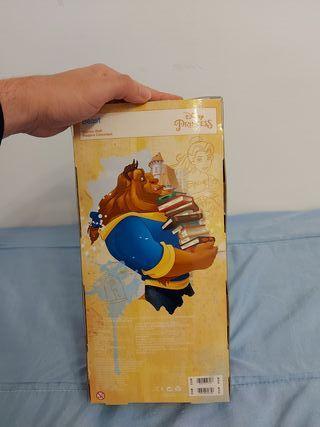 Disney bella y bestia (príncipe bestia ) 30 €