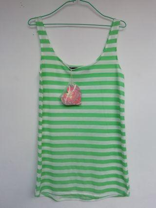 Camiseta tirantes blanca y verde.De Oh my love.T/L