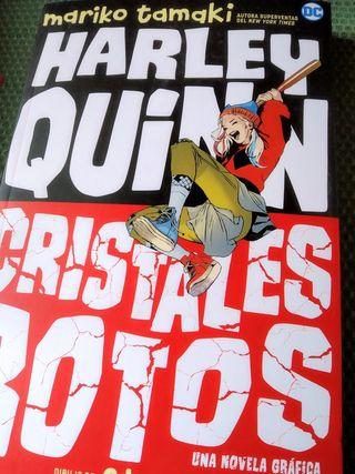 Tomo novela gráfica Harley Quinn: Cristales rotos
