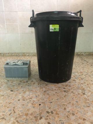 Cubo de basura grande 100l