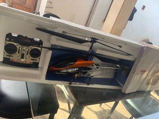 Helicóptero en perfecto estado radio control