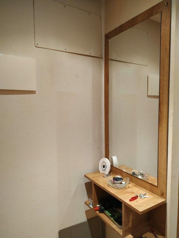 Mueble con espejo hall