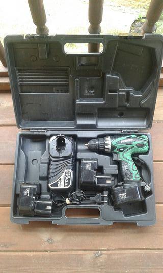 Taladro a batería Hitachi DS12DVF3