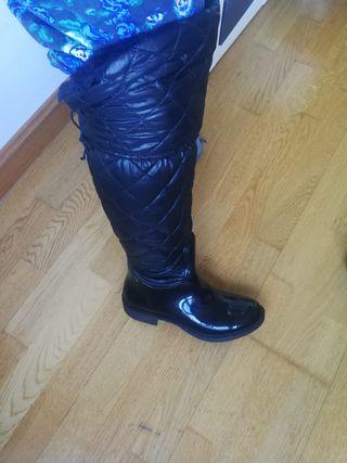 Botas de agua impermeables. Talla 37