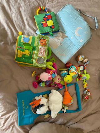 Lote ropa y accesorios Bebé
