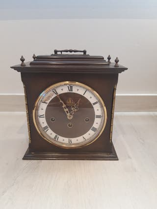 Reloj de sobremesa de 1977 Hermle 340-020