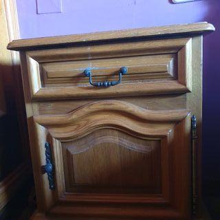 Mesas de noche de madera (2)