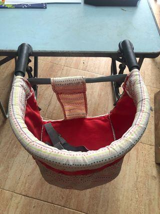 Silla bebé adaptable a mesa