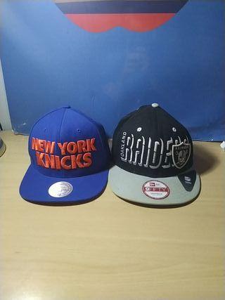 Gorras De New York Knicks y Oakland Raiders