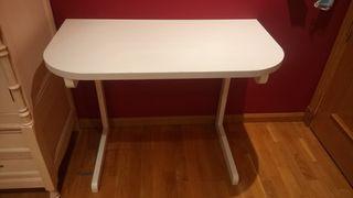mesas y estanterías juvenil