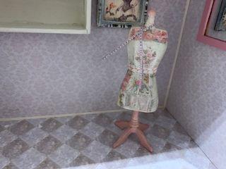 Maniquí casa de muñecas escala 1:12