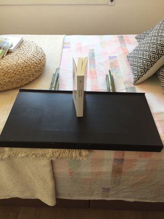 Soporte para tv , de hierro , 70*35 cm .