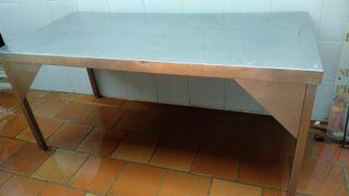 Mesa Acero Inox con esquina reforzada (M-11)