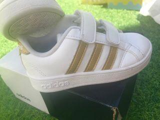 Deportivas Adidas 24