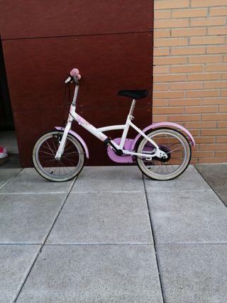 Bicicleta de niña 16''.