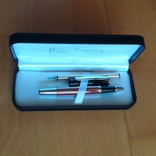 Bolígrafo de Pierre Cardin