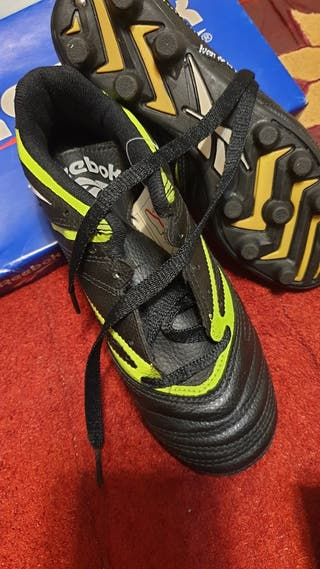 Botas de futbol Reebok talla 34