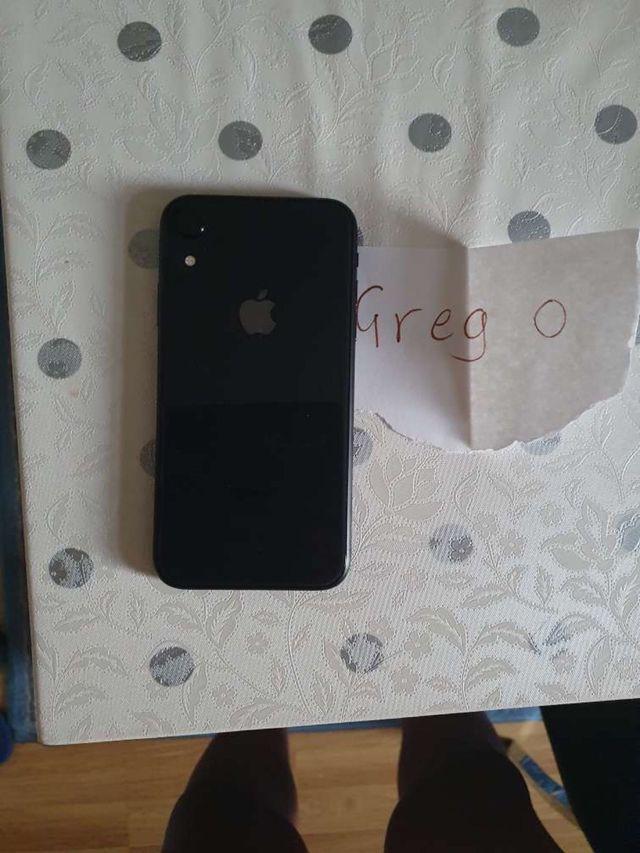 iPhone XR (black) - 64gb