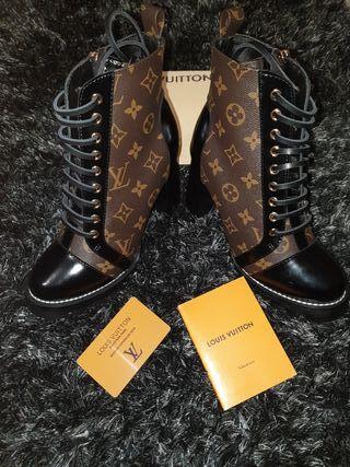 Tacones Louis Vuitton