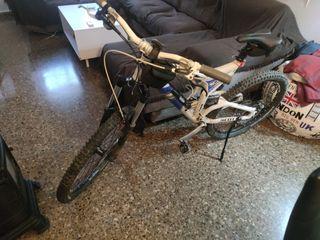 bicicleta scott nitrous 30