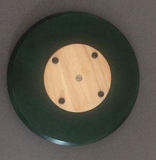 Plateau tournant en bois vert