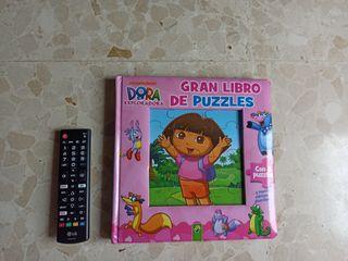 Gran libro de puzzles de Dora La exploradora