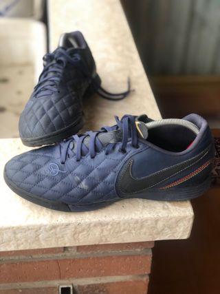 Nike Tempo X R10