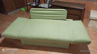 vendo sofá cama de dos plazas con arcón