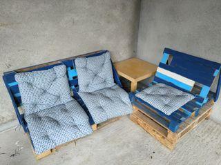 2 canapés avec coussins pour extérieur