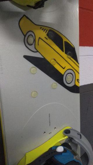 Tabla de Snowboard de la marca austriaca Duotone d
