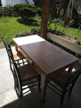 table avec 8 sièges