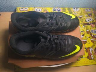 Zapatillas de Fútbol de NIKE