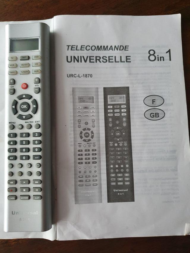 Télécommande LCD universelle 8 en 1 URC-L-1870