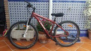 Bicicleta seminueva TREK